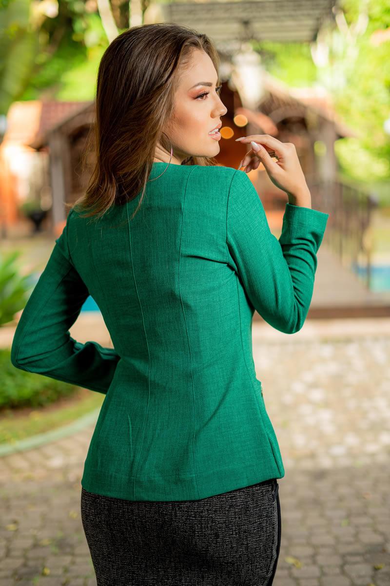 Blazer Luciana Pais em Linho com Bolsos 93031 Verde