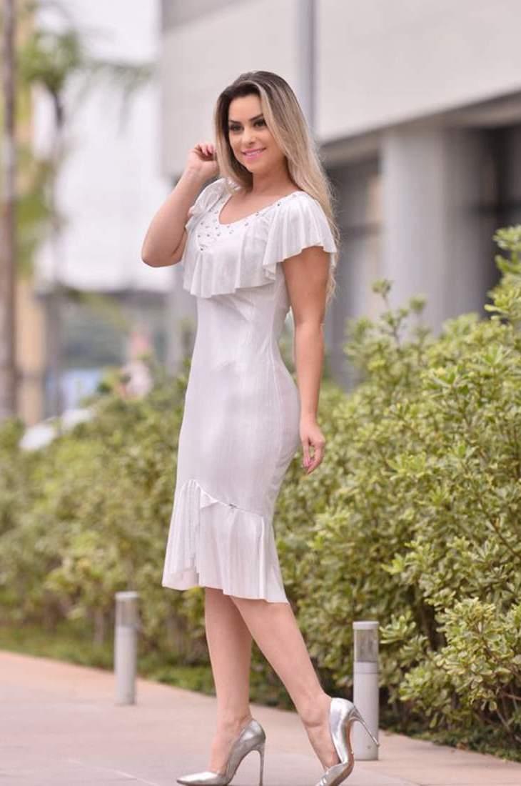 Vestido com Aplicações e Babado Monia Moda Evangélica 83152