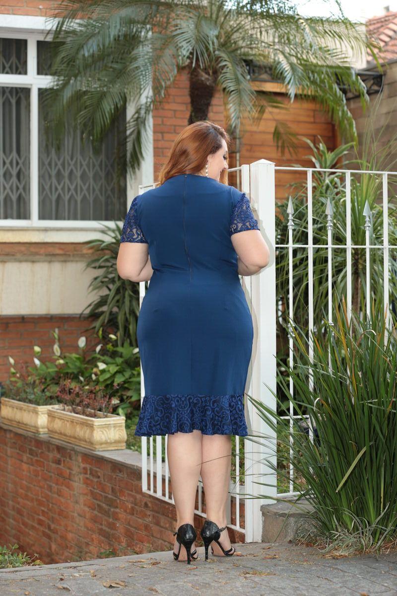 Vestido Plus Size em Renda Kauly 2336