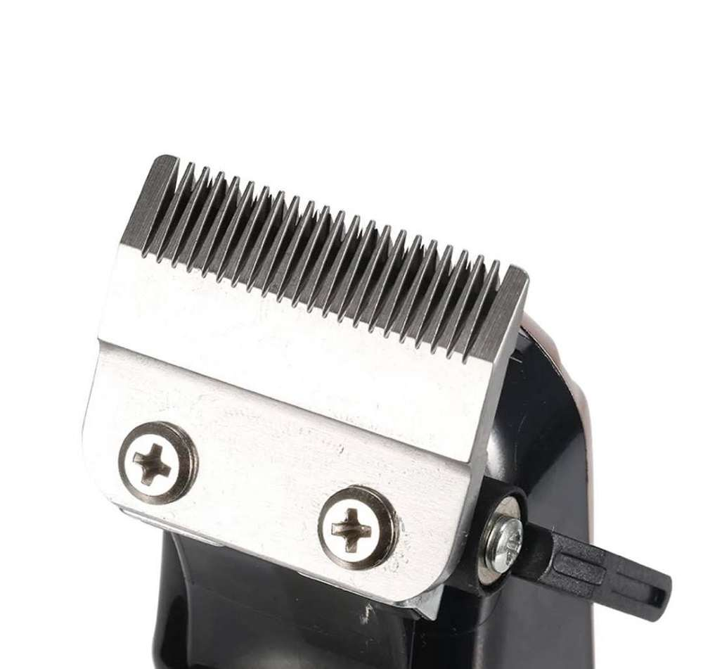 Maquina De Corte Cabelo Clippers 9w Profissional S/Fio Kemei-2613 Bivolt