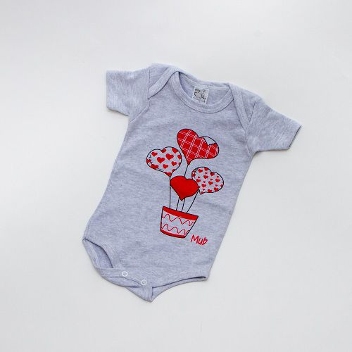 Body De Bebê Coração Manga Curta Cinza Mub