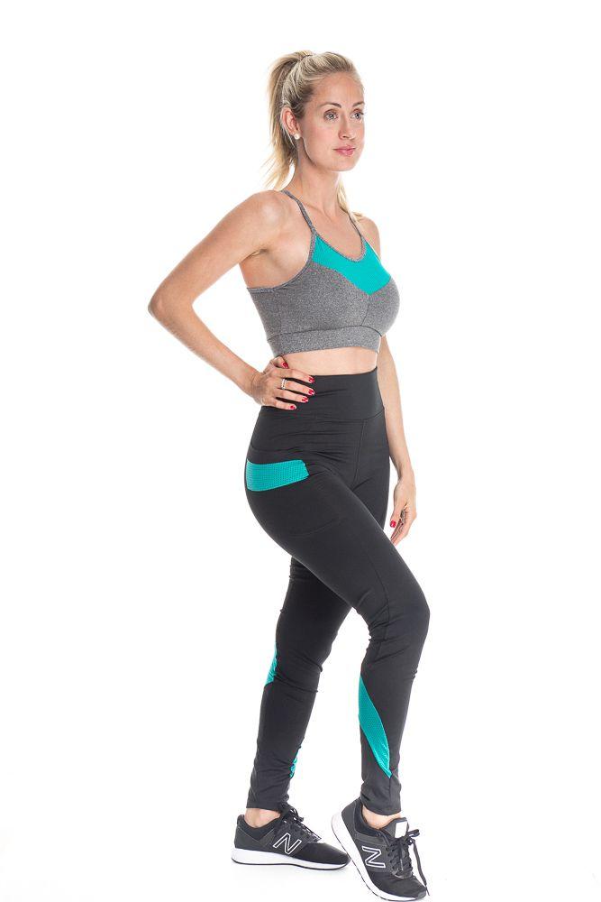 Calça Legging Fitness Com Bolso Lateral E Detalhe Verde