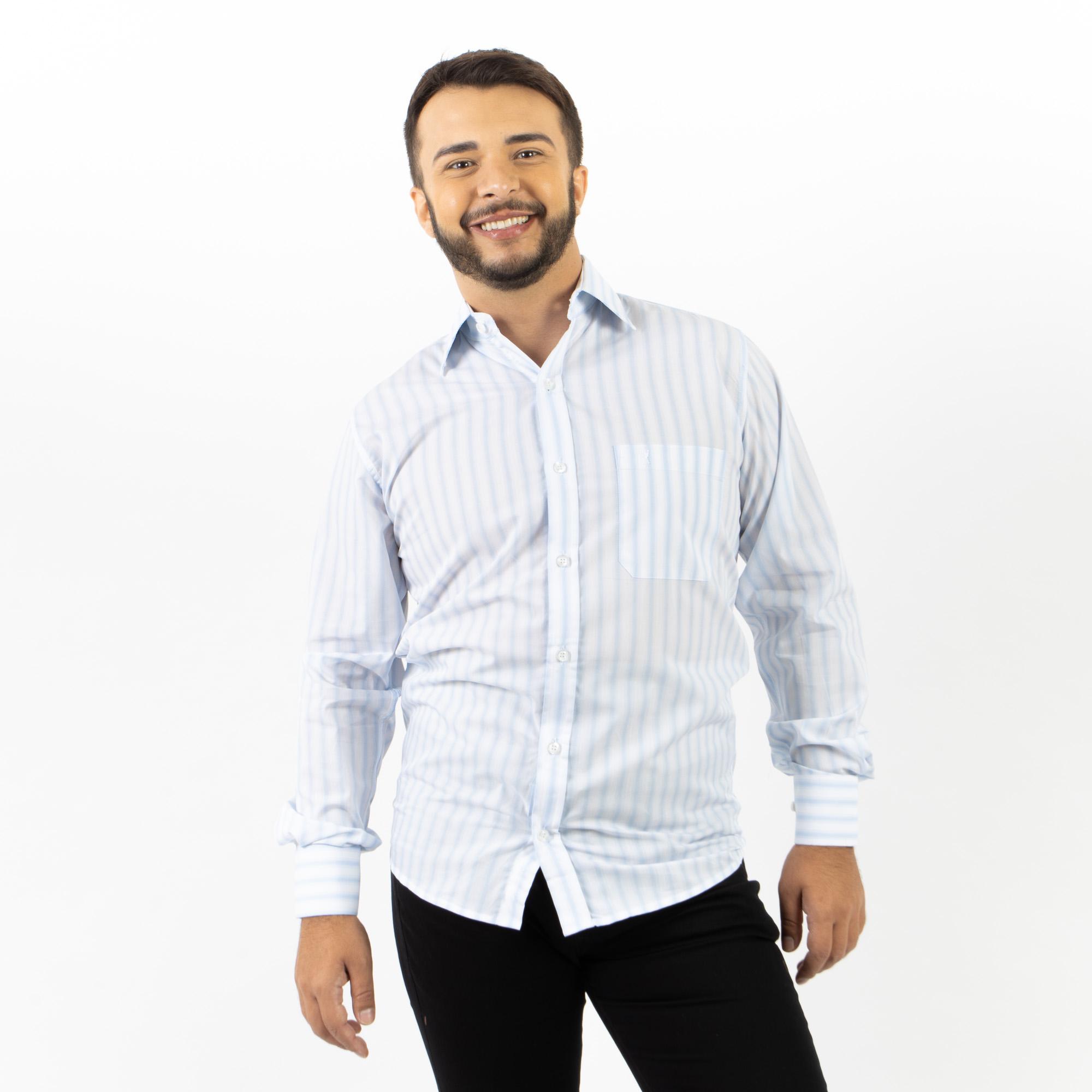 Camisa Social Regular Listrada Com Bolso Bordado
