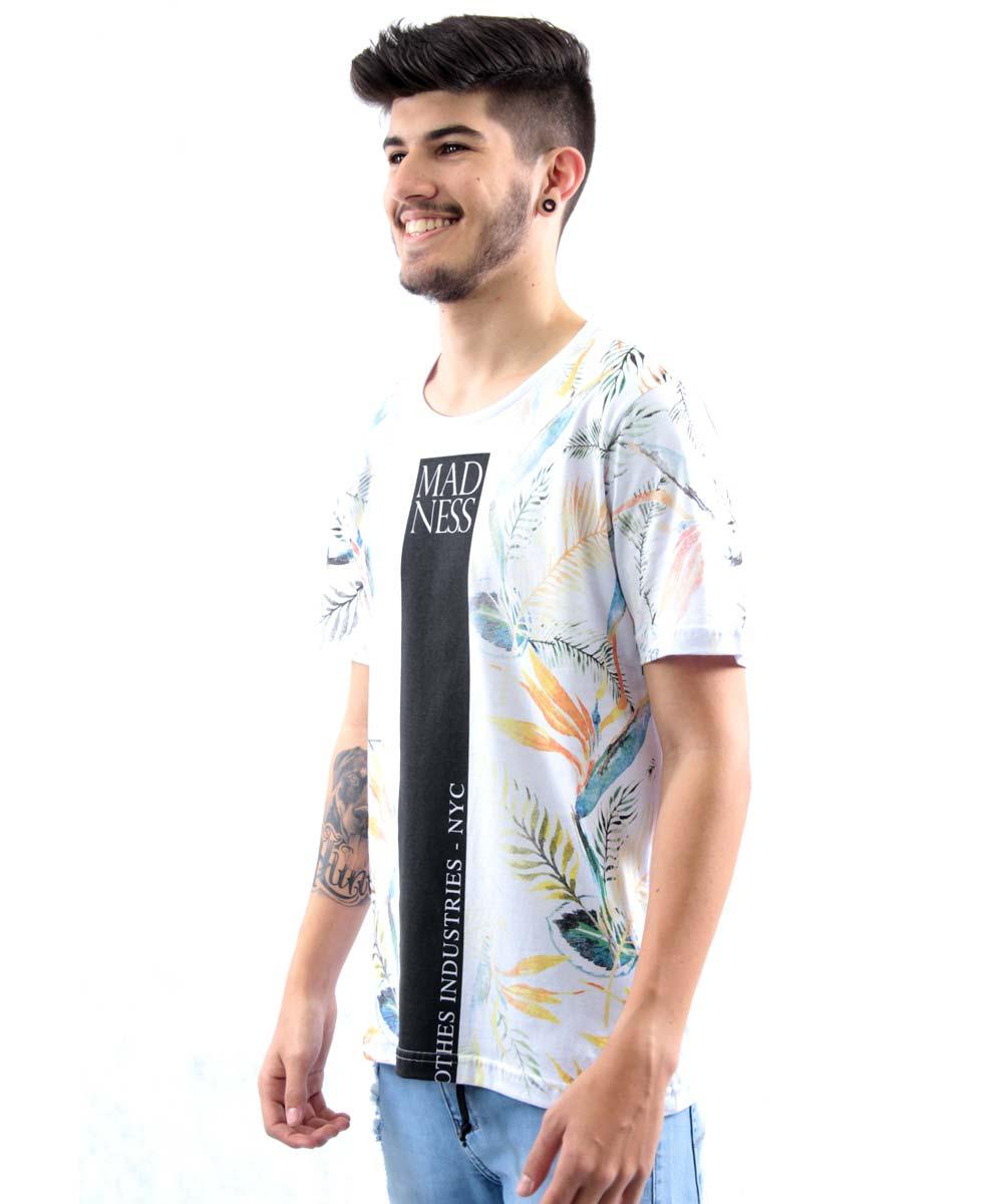 19a05980a2 Camiseta Basica Manga Curta Estampa Mad Ness Local Division Masculino -  Branco