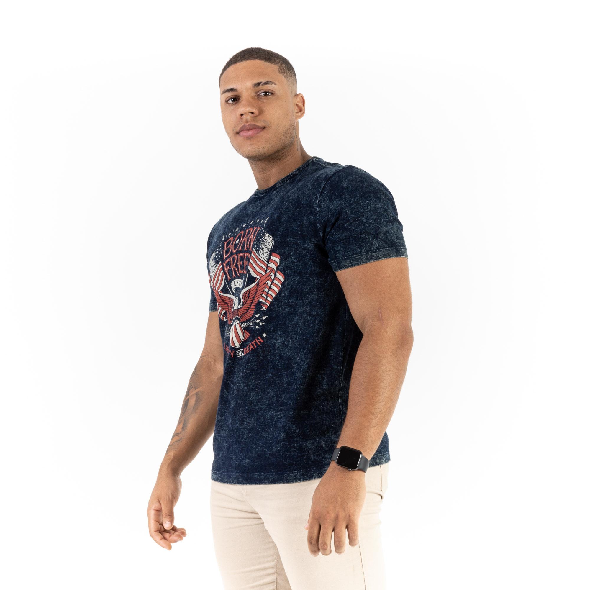 Camiseta Masculina Born Free