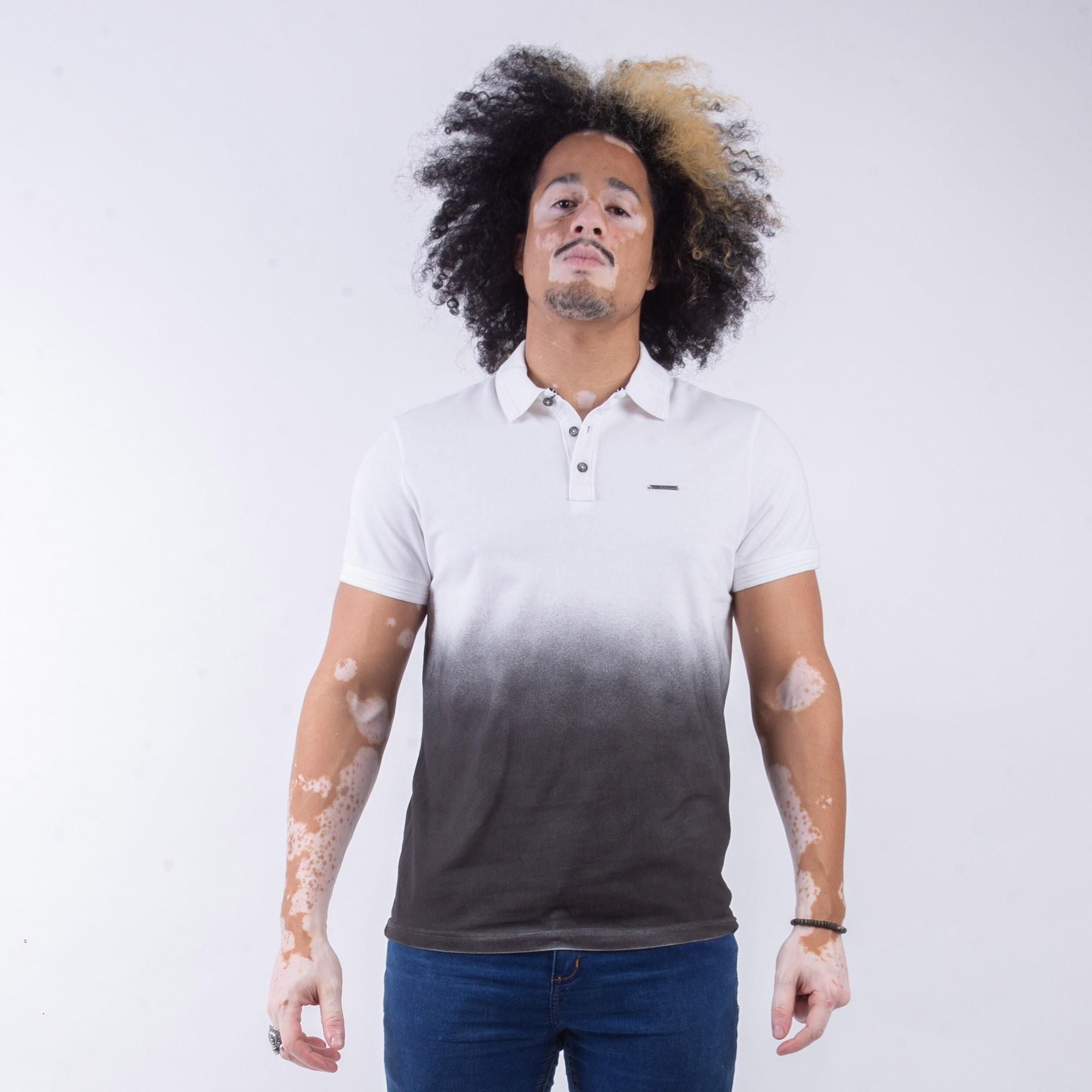 Camiseta Polo Masculina Duas Cores