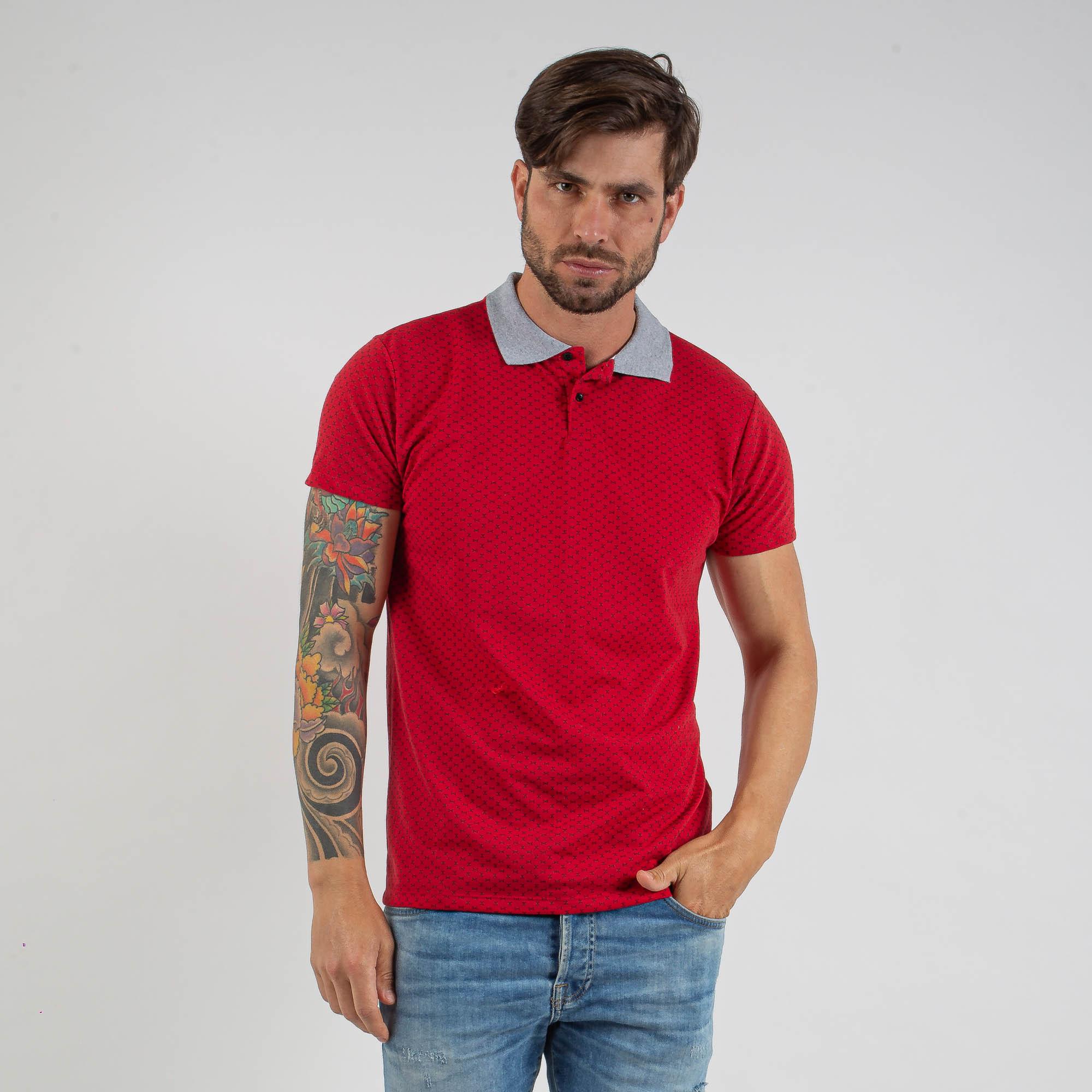 Camiseta Polo Masculina Estampada Vermelha Com Gola Cinza