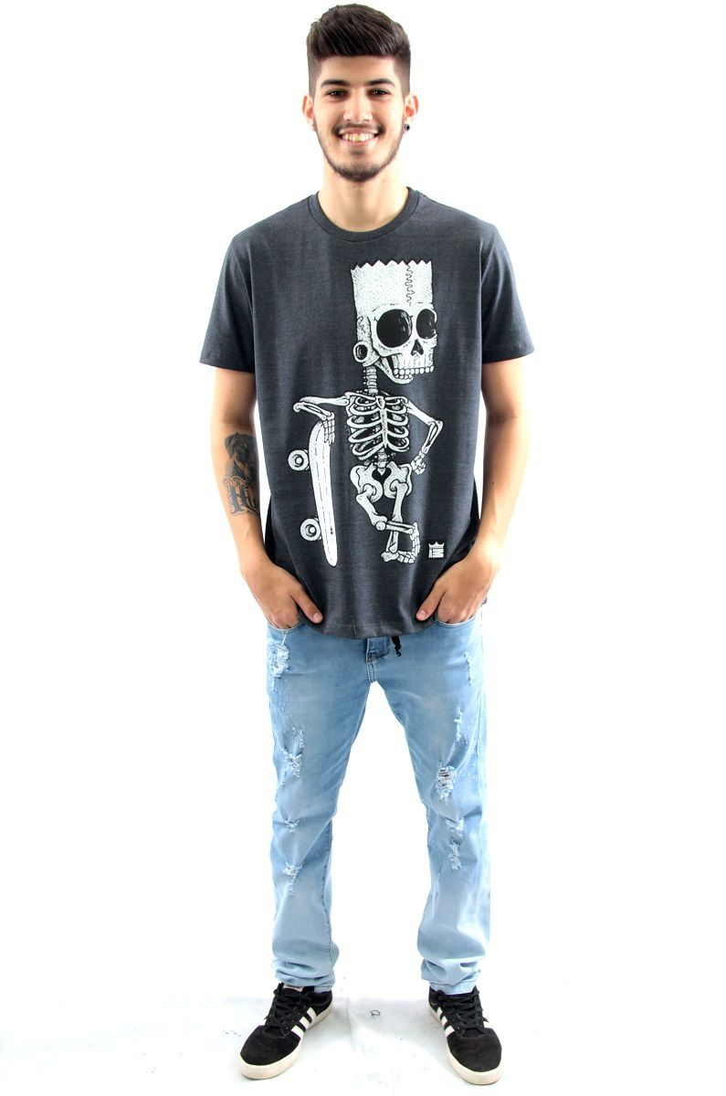 ... Camiseta Manga Curta Estampa Bart Simpson Caveira Skate Arquitetura da Moda  Masculino f517e649abb