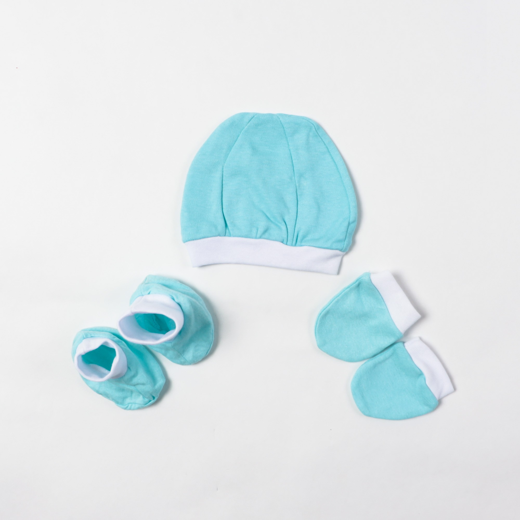Kit Em Malha Bebê Touca Luva E Sapatinho - Mafessoni