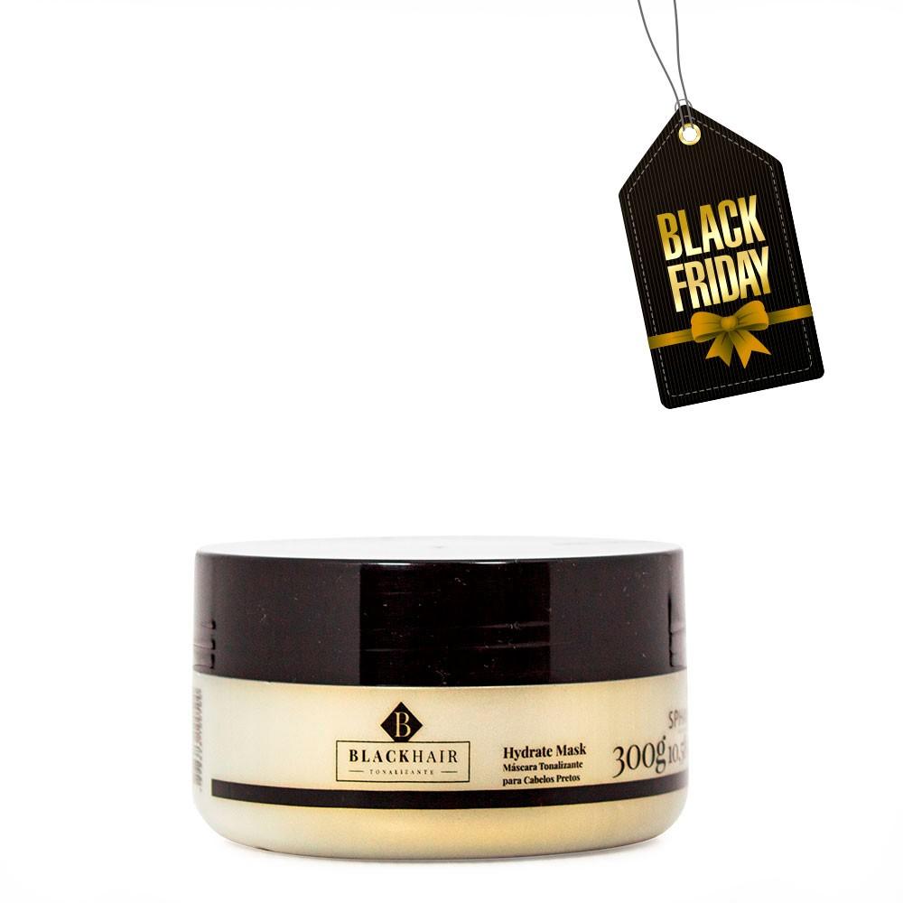 <b>Máscara Tonalizante Iluminadora e Hidratante para cabelos pretos Black Hair</b>. Devolve a pigmentação dos tons escuros reavivando a cor, além de promover hidratação e brilho intenso - 300g