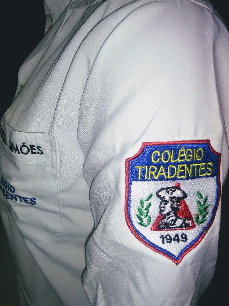 JALECO PARA PROFESSOR DO COLÉGIO TIRADENTES BORDADO Blanco Raro
