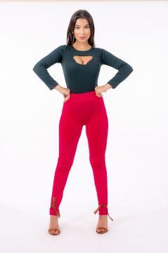 Calça Skinny Recortes sem Zíper