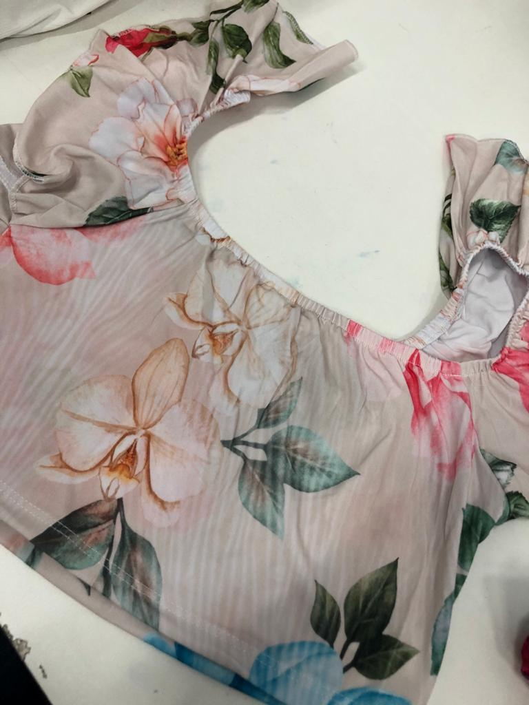 SALDO 497 Conjunto Liz Floral Rose Tam UNICO