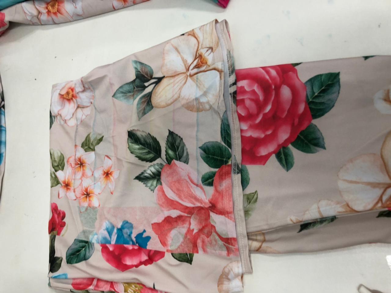 SALDO 503 Conjunto Liz Floral Rose Tam UNICO