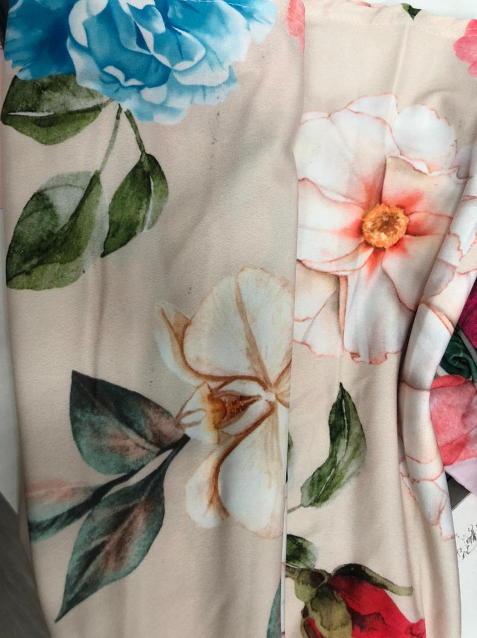 SALDO 517 Conjunto Liz Floral Off Tam UNICO
