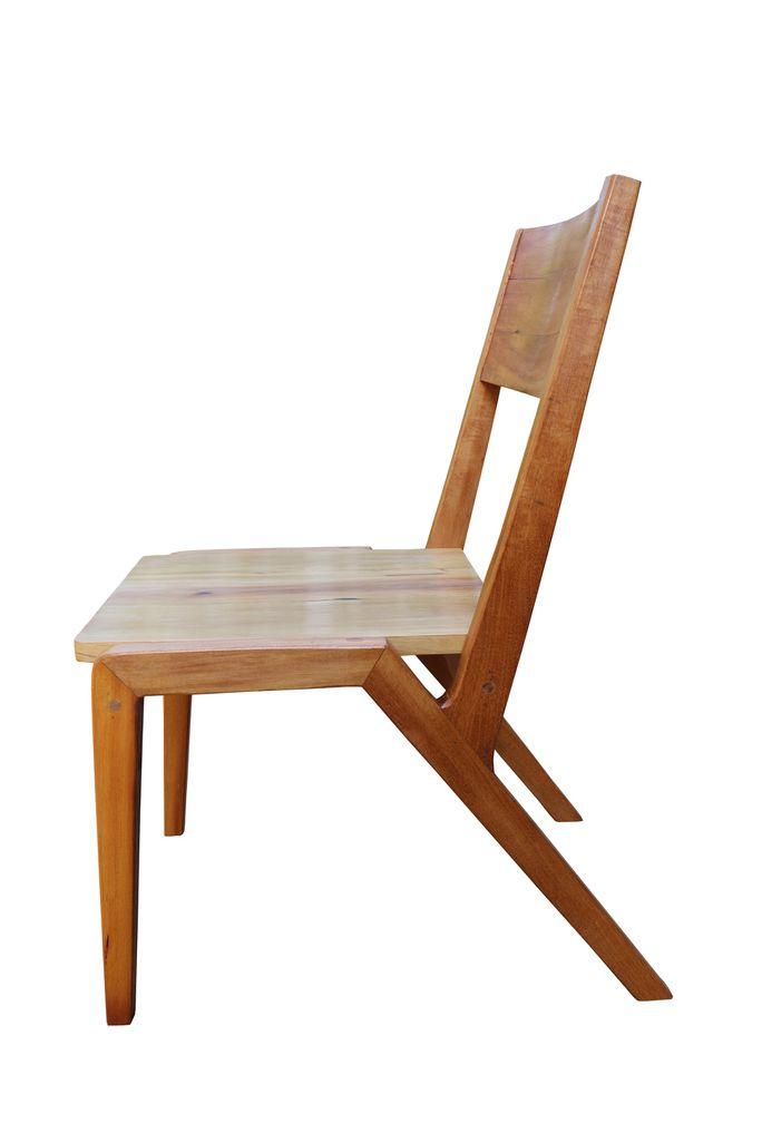 Cadeira De Demolição Modelo Colibri - Em Madeira Selecionada