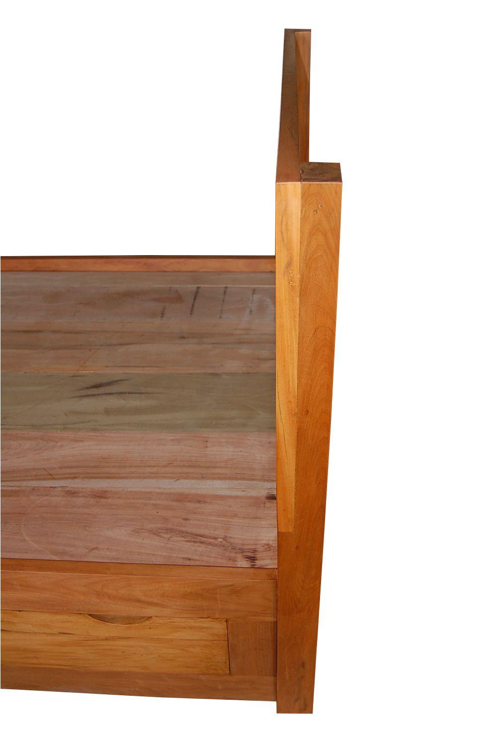Cama De Casal De Demolição Modelo Mineira - 2,03 X 2,11 X 40 - Tamanho King - Com 4 Gavetões - Em Madeira Selecionada