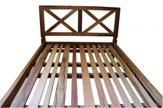 Cama De Casal De Demolição Modelo X - 2,06 X 1,68 X 0,40 - Em Madeira Selecionada
