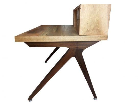 Escrivaninha De Demolição Modelo K - 1,10 X 73 X 80 - 04 Gavetas - Em Madeira Selecionada