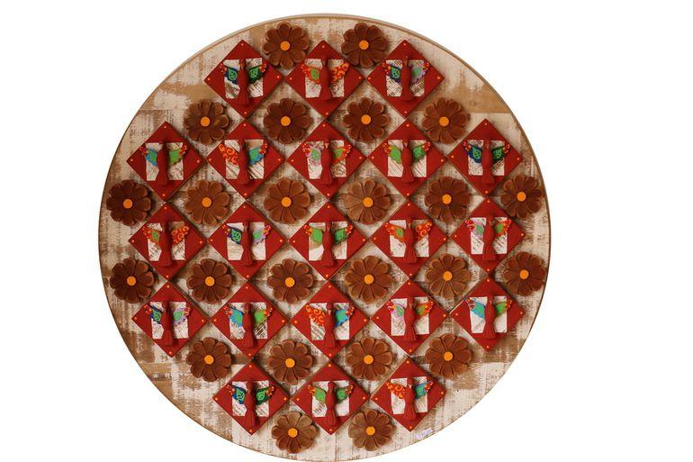 Mandala de Demolição Com Divinos Modelo Oratório - 75 cm Diâmetro