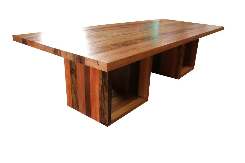 mesa de Jantar Retangular De Demolição Modelo Fortaleza - 3,00 X 1,10 X 0.76 - Em Madeira Selecionada