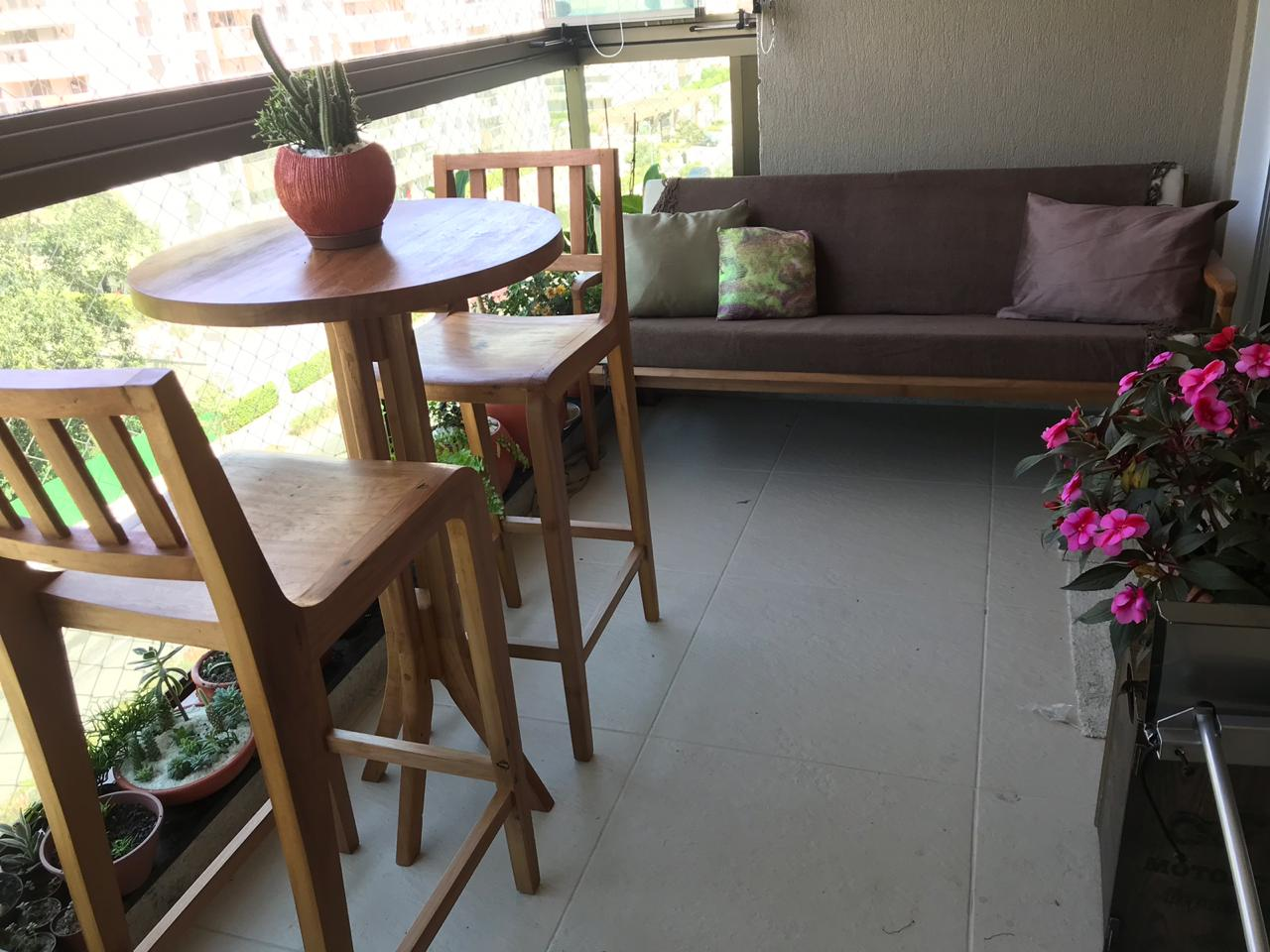 Mesa Lateral Alta Para Bar De Demolição - Tampo Redondo 60 diâmetro X 1,00 alt, - Em Madeira Selecionada