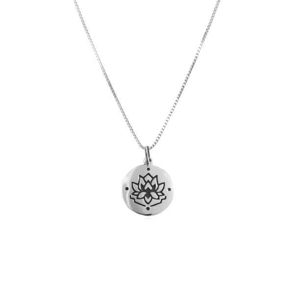 Colar Medalha Flor de Lótus Prata 925
