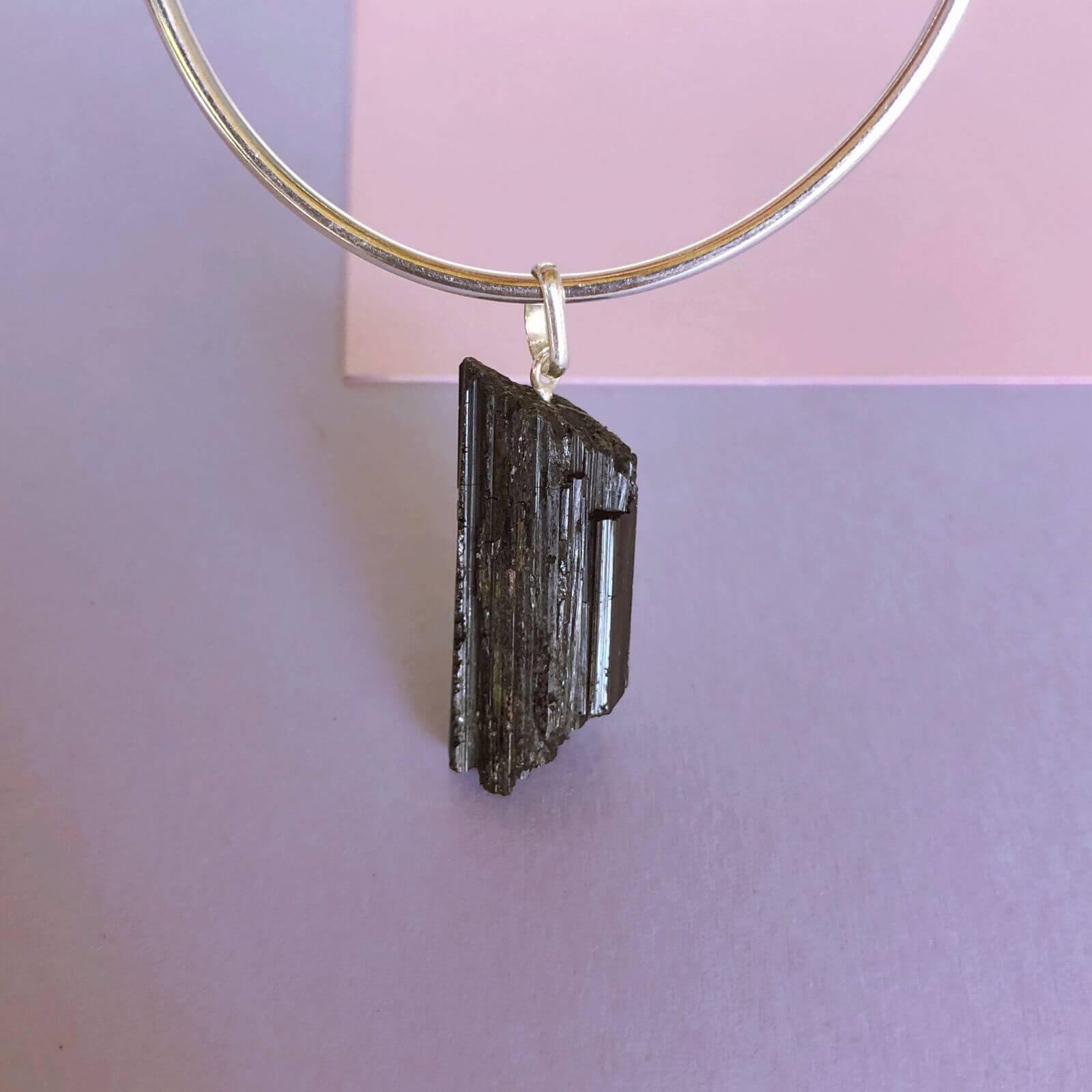 Pingente Turmalina Negra Pedra Bruta Prata 950