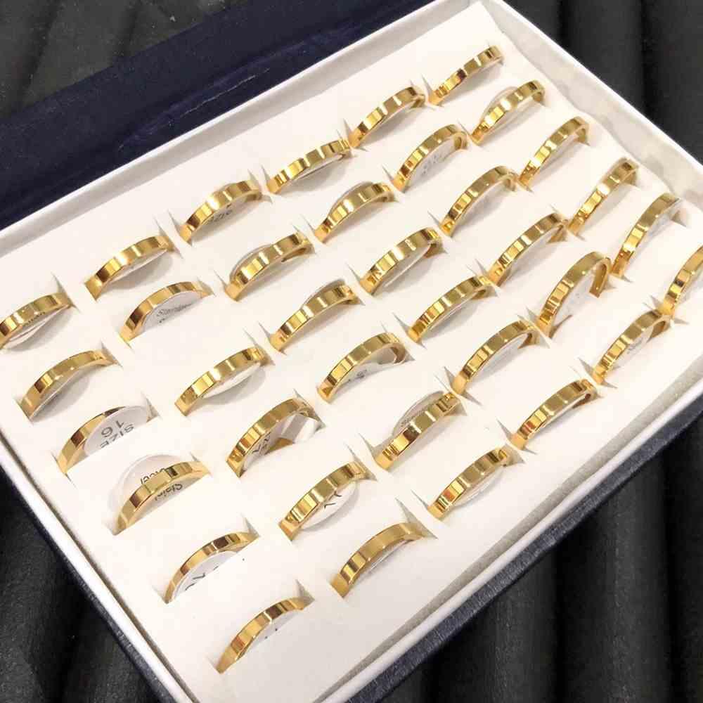 Anéis alianças quadrada 3mm dourada polida lisa aço inoxidável 316L caixa com 36 unidades alianças atacado