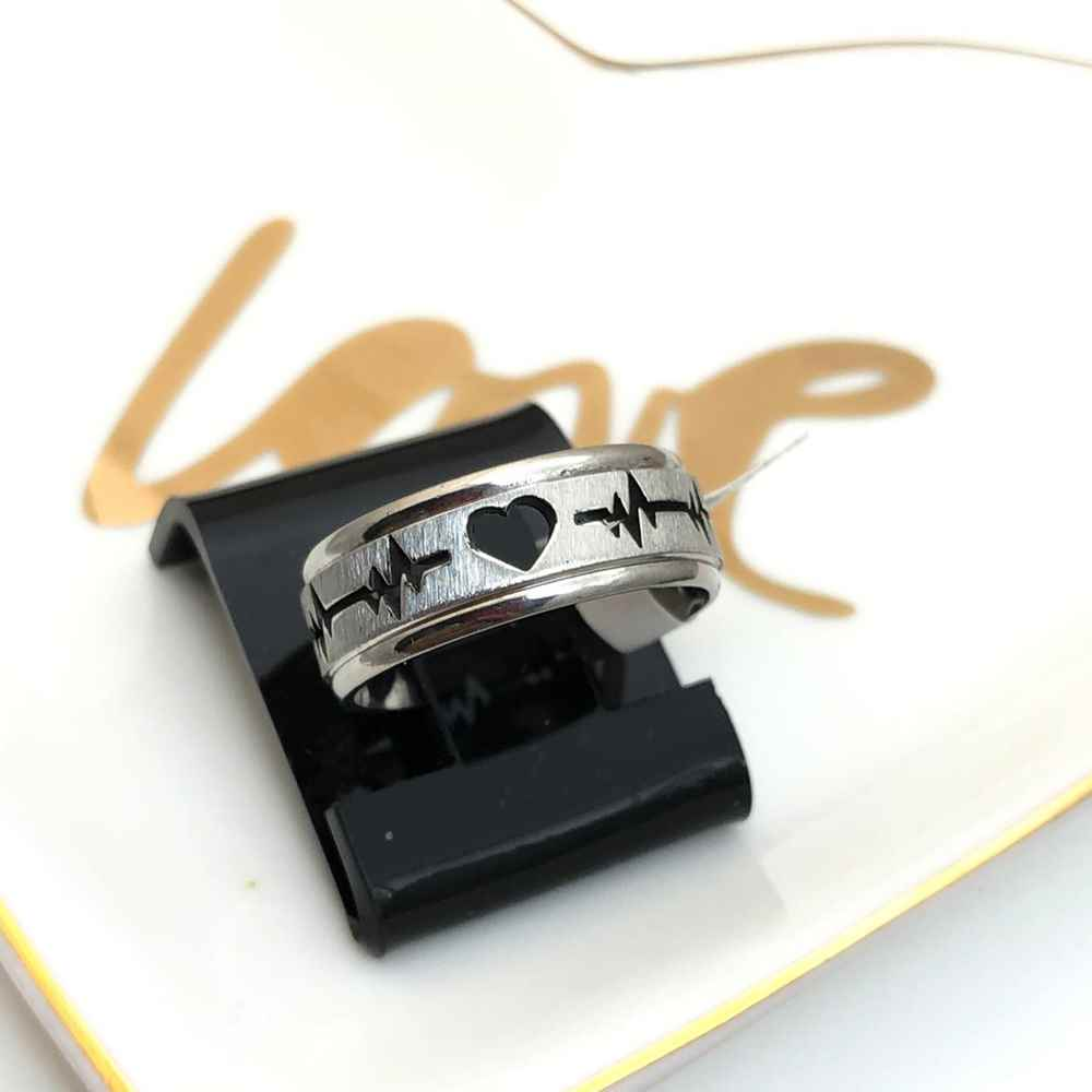 Anel aliança em aço inoxidável coração batimentos cardiacos prata 8mm