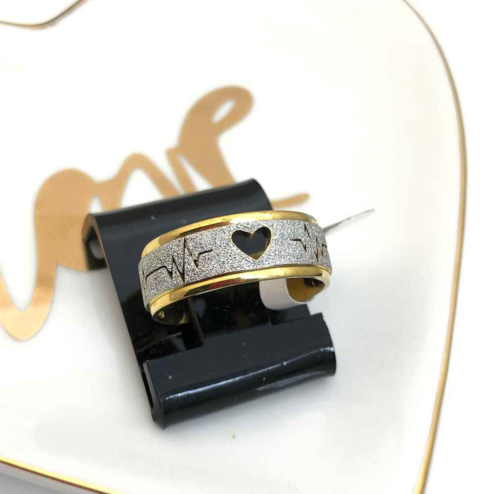 Anel aliança em aço inoxidável dourada e prata 8mm coração e batimentos