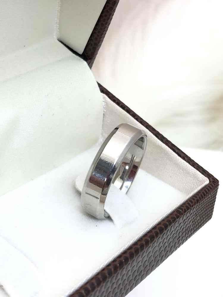 Anel aliança em aço inoxidável prata 6mm chanfrada