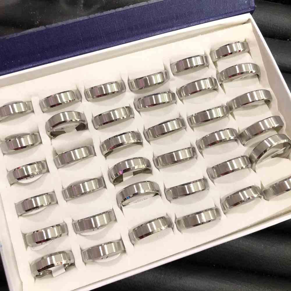 Anel alianças 6mm chanfrada prata escovada aço inoxidável 316L caixa com 36 unidades alianças atacado