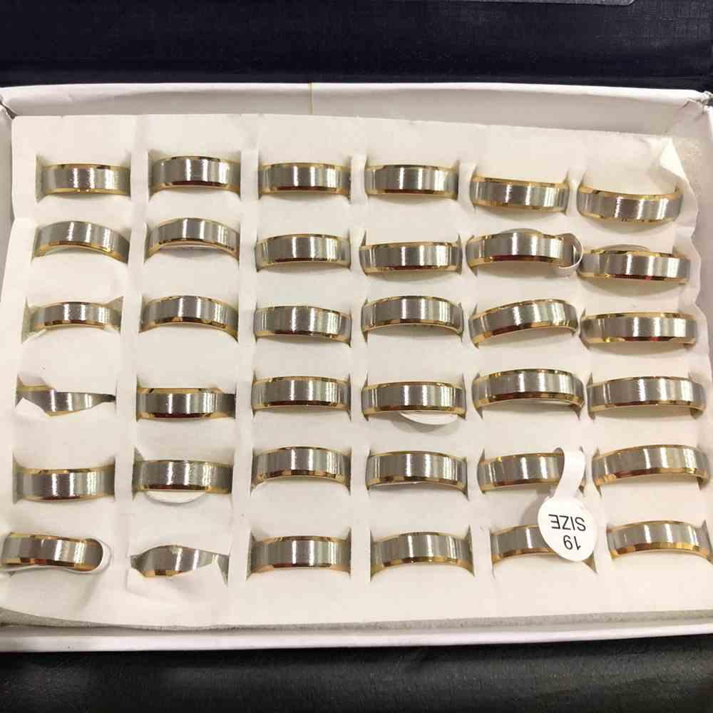 Anel alianças 6mm dourada e prata chanfrada escovada aço inoxidável 316L caixa com 36 unidades alianças atacado