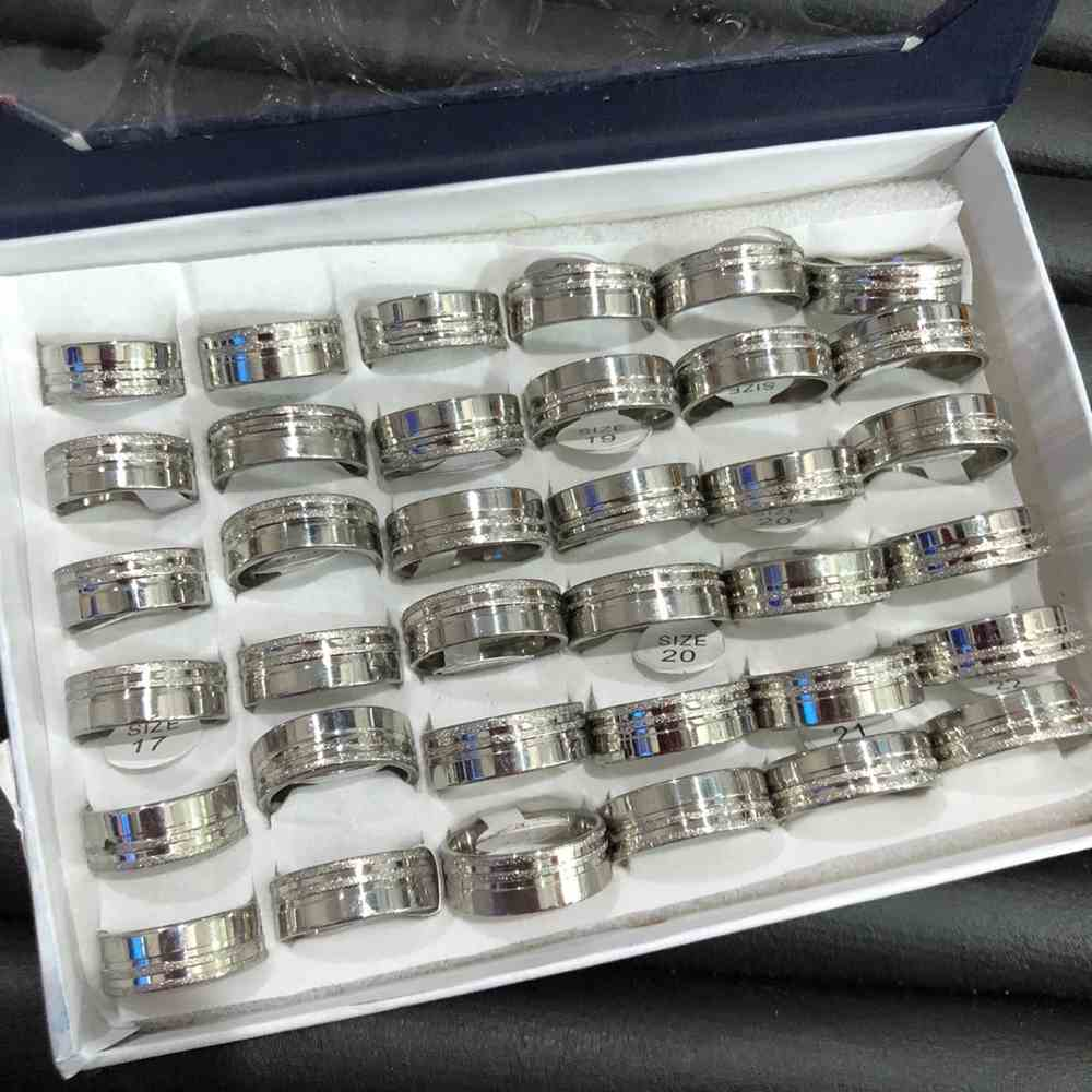 Anel alianças 8mm prata lisa polida com friso jateado aço inoxidável 316L caixa com 36 unidades alianças atacado