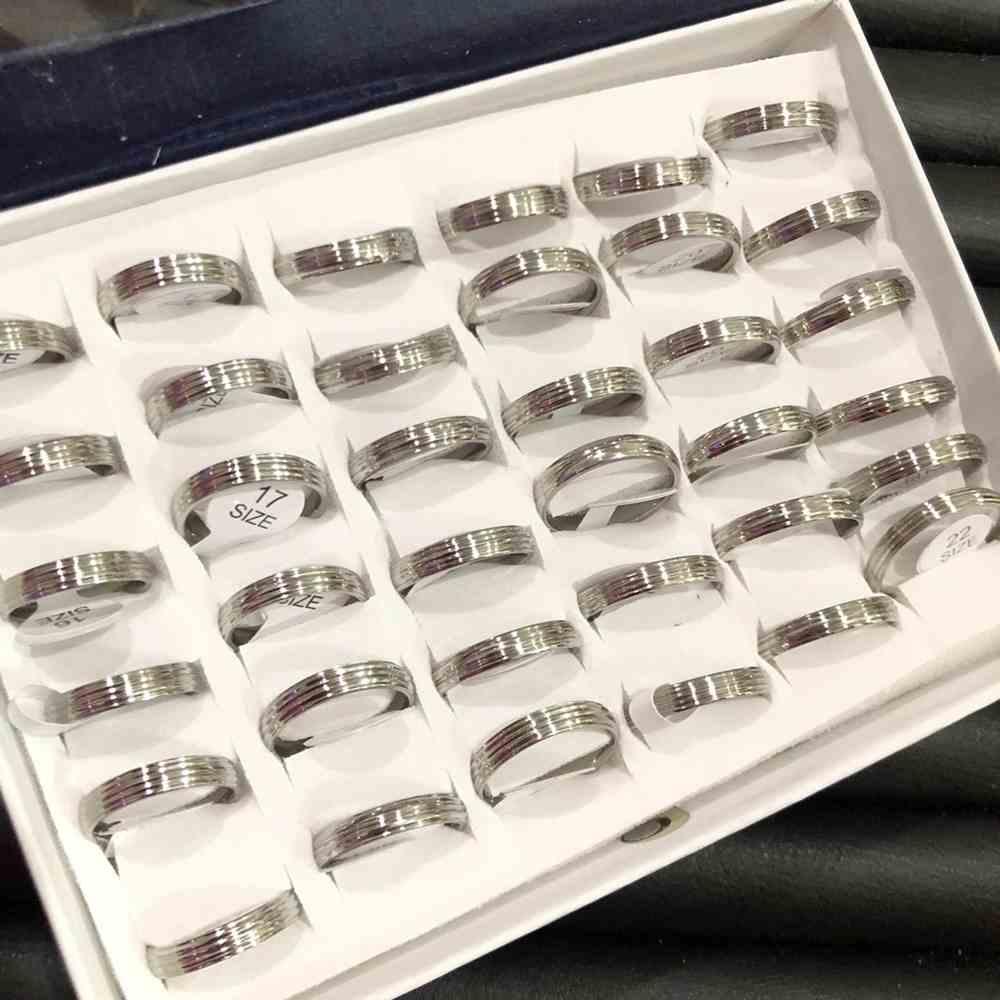 Anel alianças abaulada 4mm prata com detalhes aço inoxidável 316L caixa com 36 unidades alianças atacado