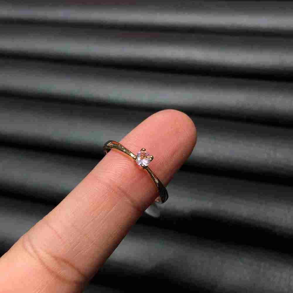 Anel de bijuteria dourado solitário feminino fininho pedra rosa