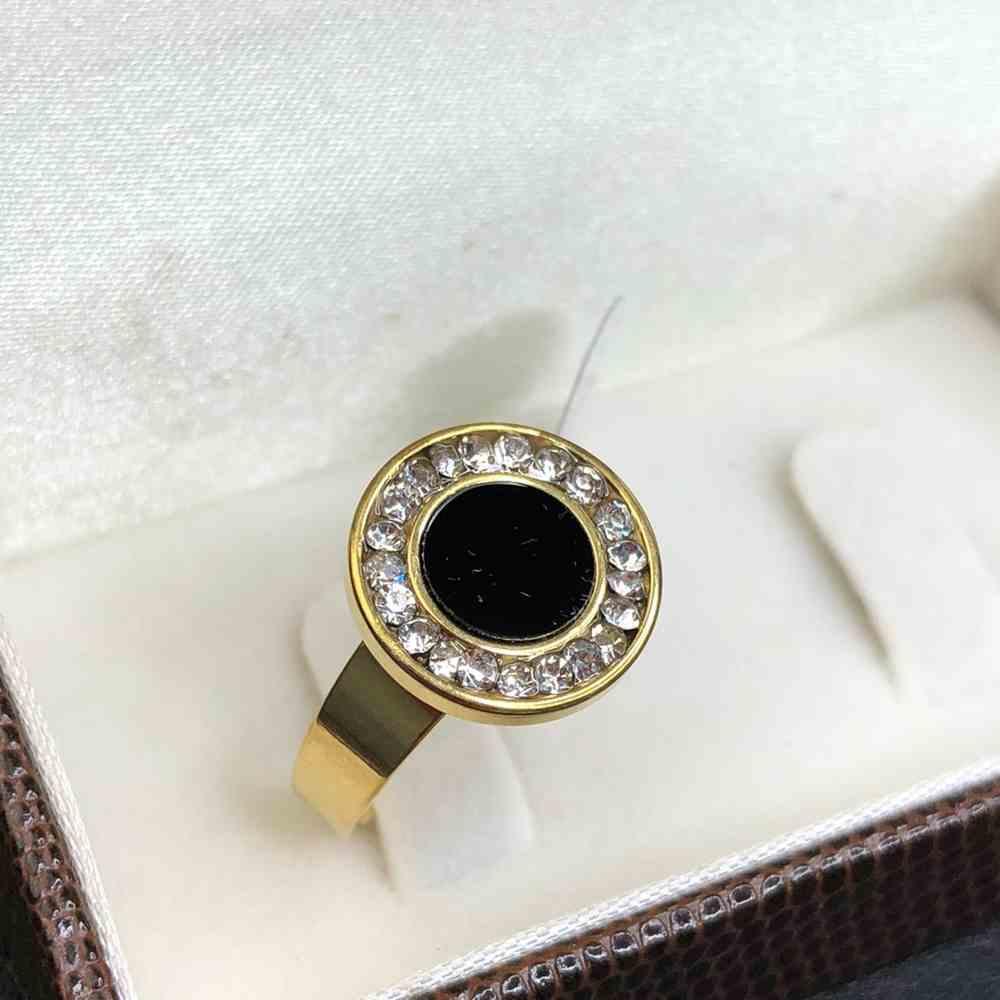 Anel feminino dourado estilo mandala cravejado com strass aço inoxidável