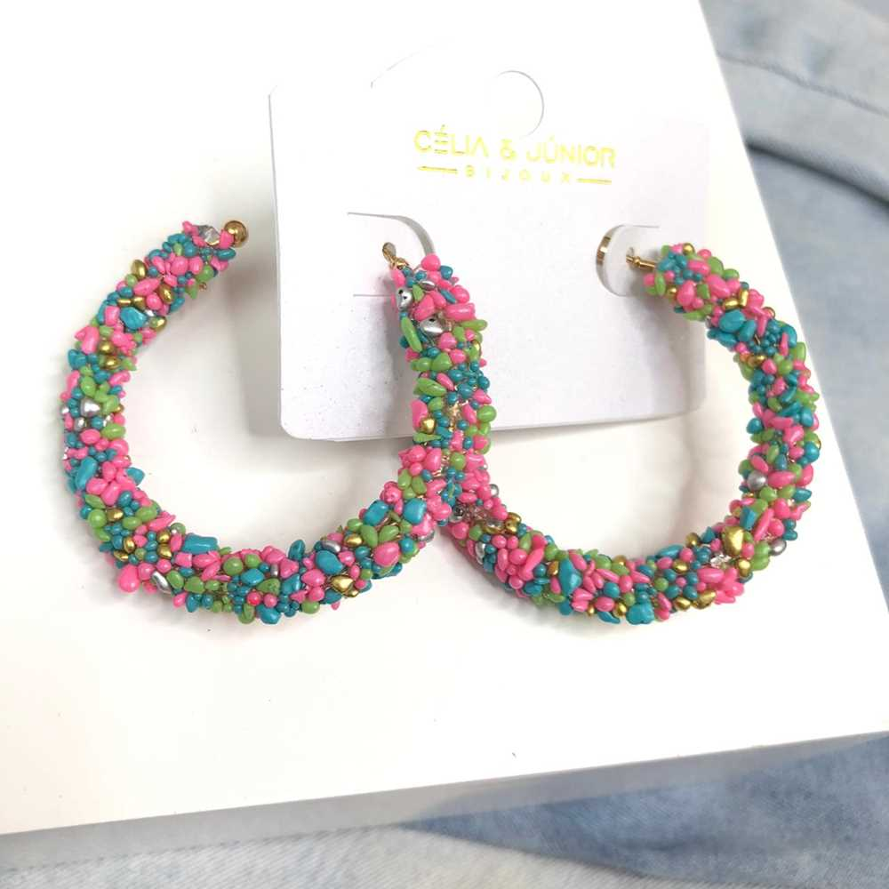 Brinco de argola estilo flocos de açúcar rosa e verde