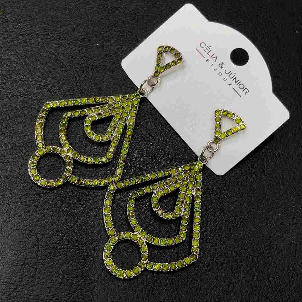 Brinco grande prata estilo geométrico pedrarias strass verde lima