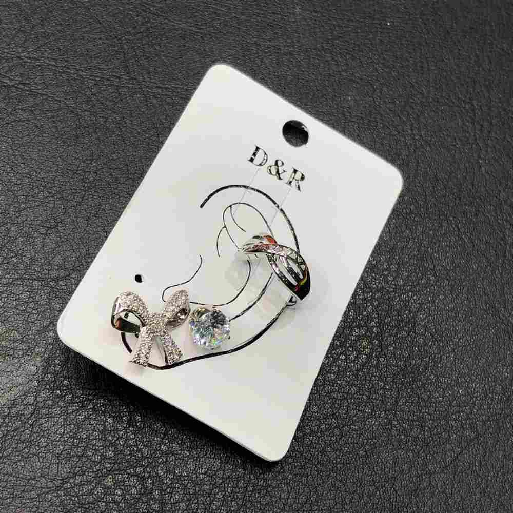 Brinco para cartilagem piercing fake orelha prata argolinha X + brinco de bolinha prata e lacinho (furo comum)