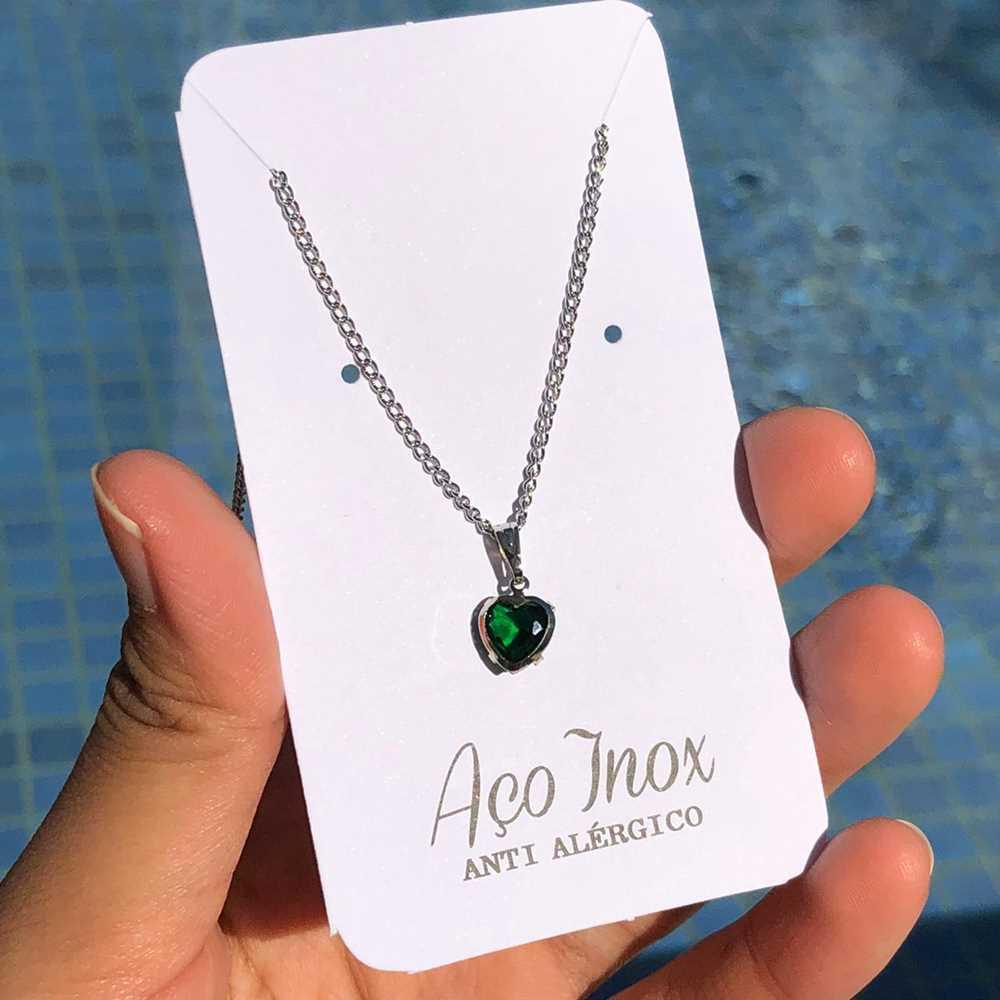 Colar em aço inoxidável prata pingente pedra de coração verde esmeralda