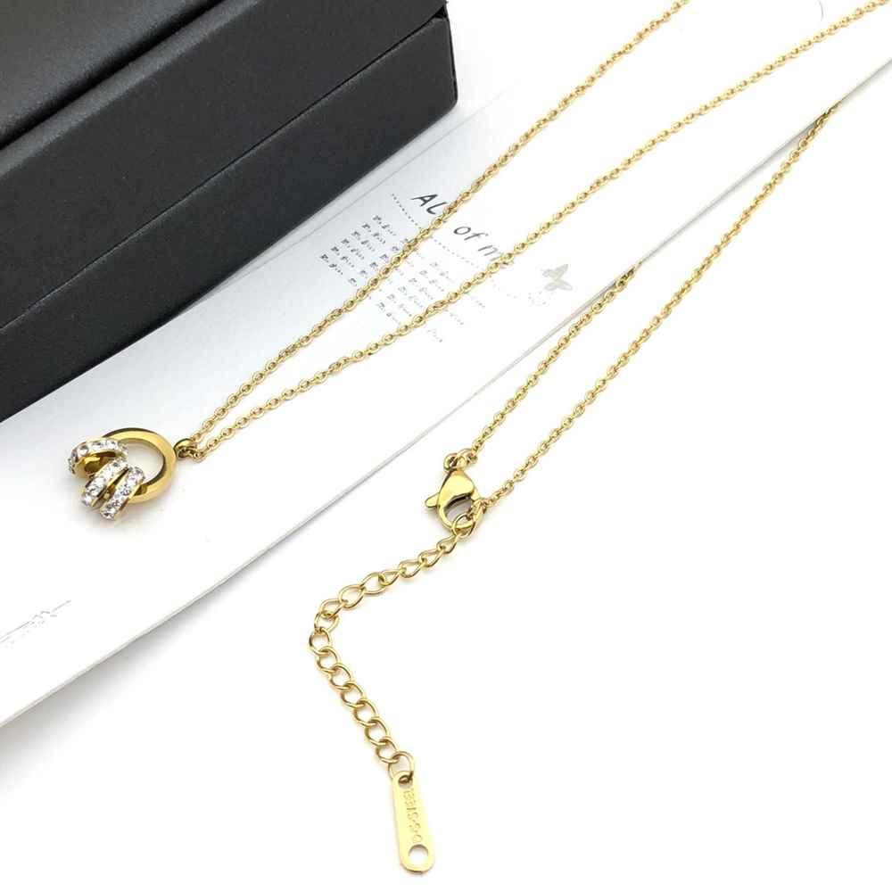 Colar feminino em aço inoxidável dourado pingente aro vazado e esferinhas cravejadas