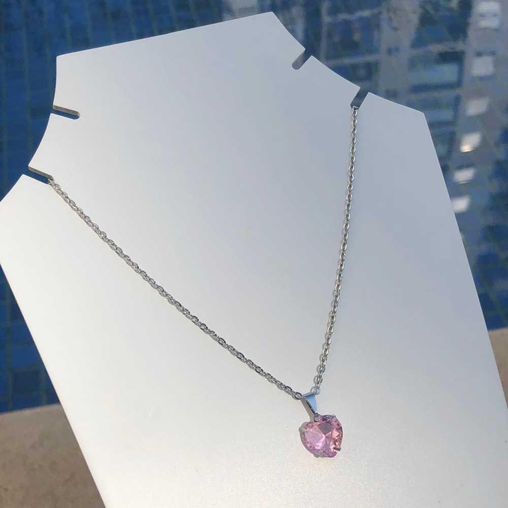 Colar feminino prata em aço inoxidável pedra coração rosa bebê