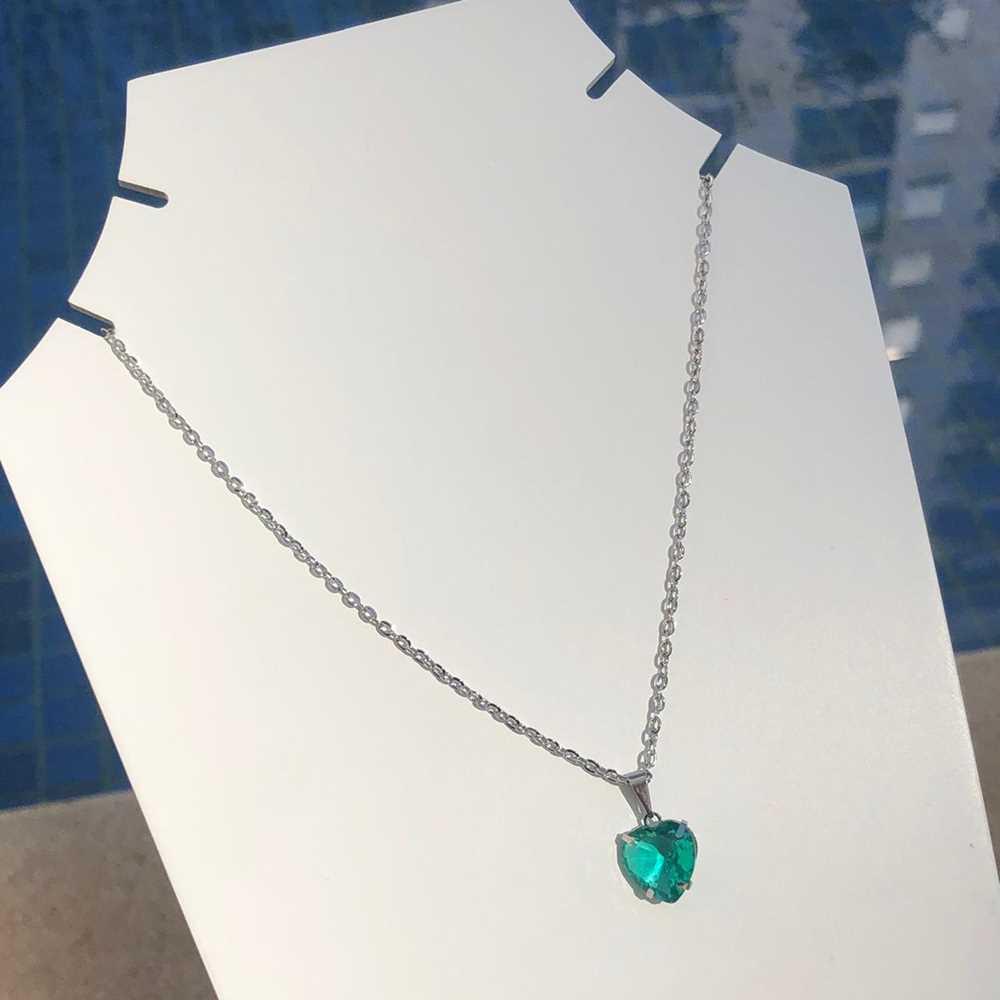 Colar feminino prata em aço inoxidável pedra coração verde água