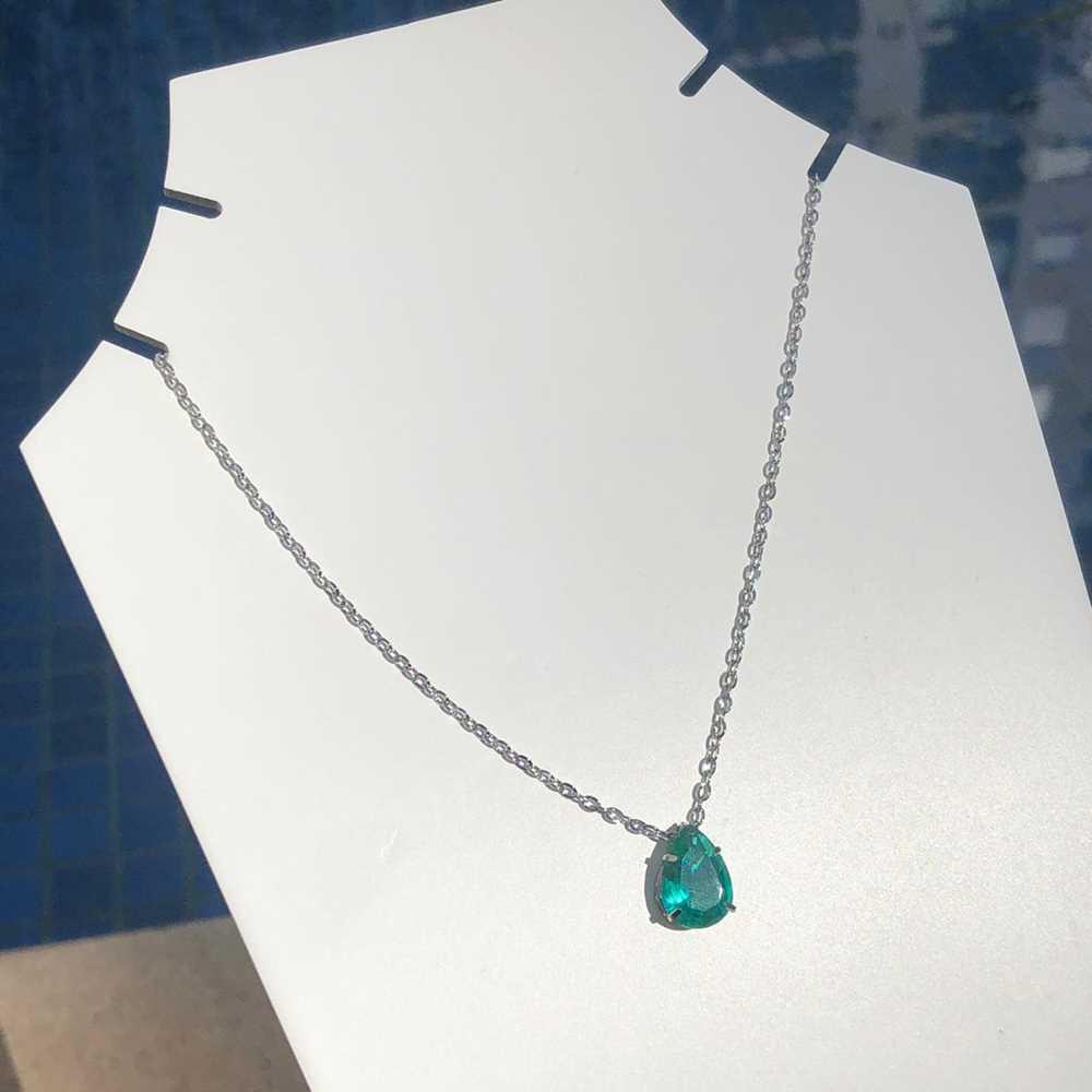 Colar feminino prata em aço inoxidável pedra gotinha verde água