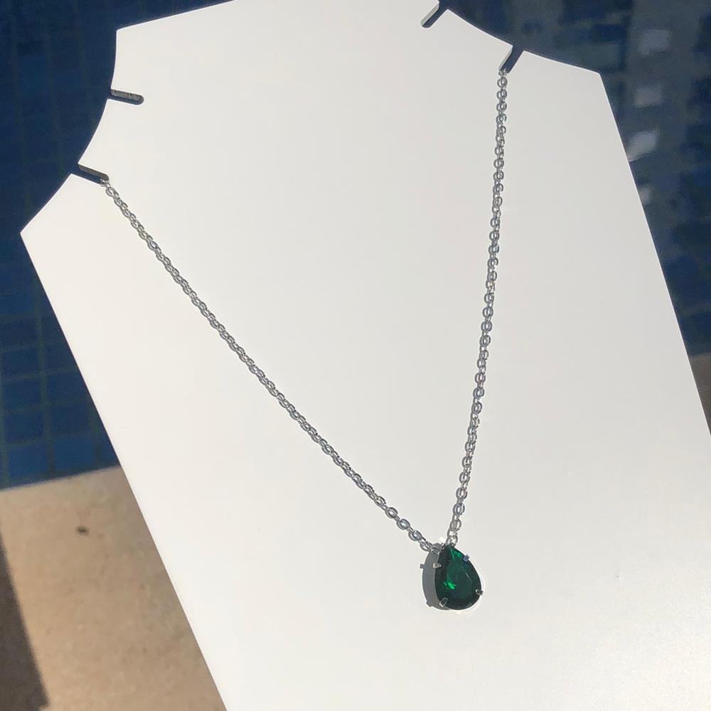 Colar feminino prata em aço inoxidável pedra gotinha verde esmeralda