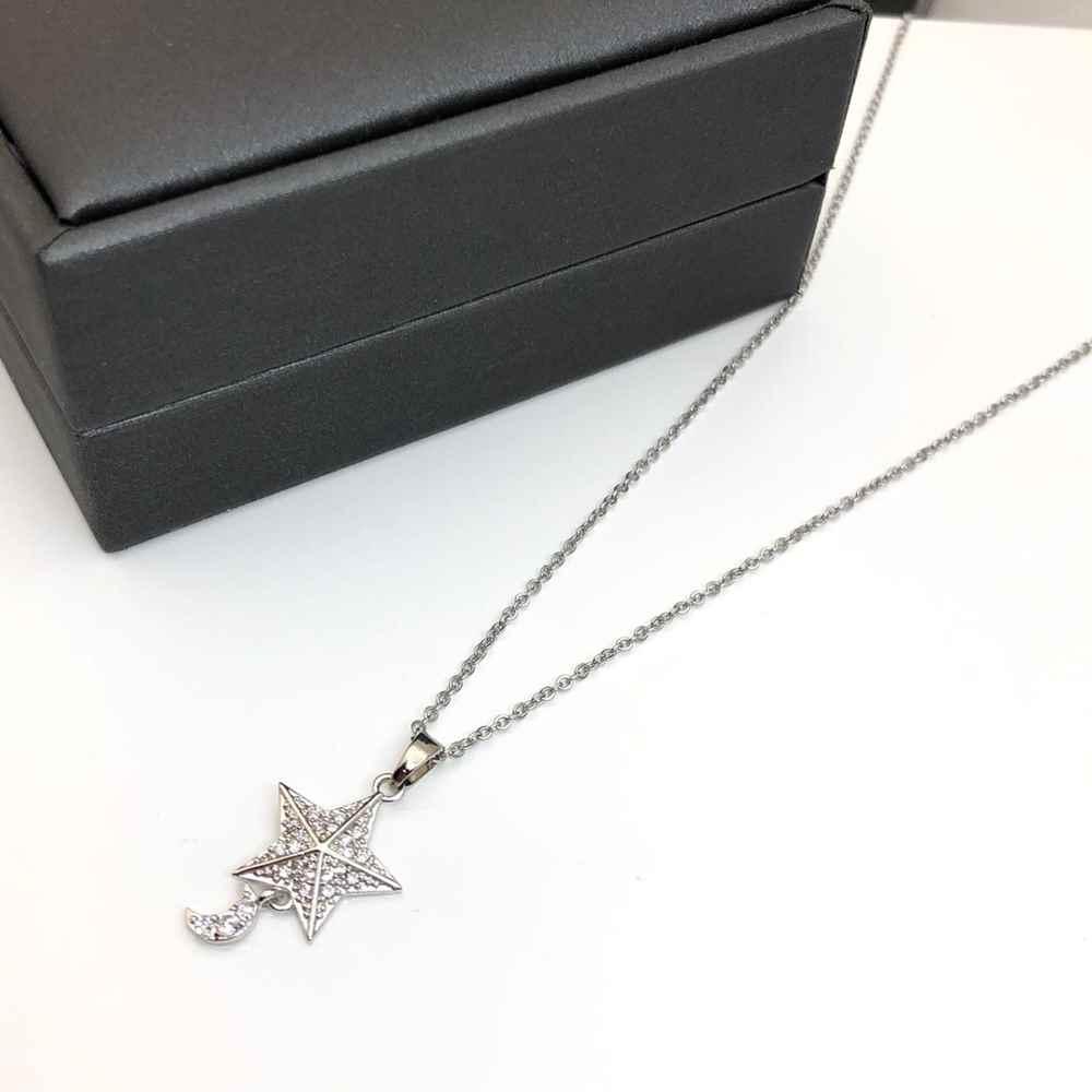 Colar feminino prata em aço inoxidável pingente estrela e lua cravejada strass