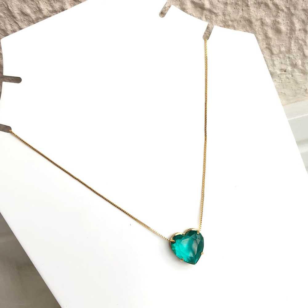 Colar folheado a ouro feminino coração verde esmeralda