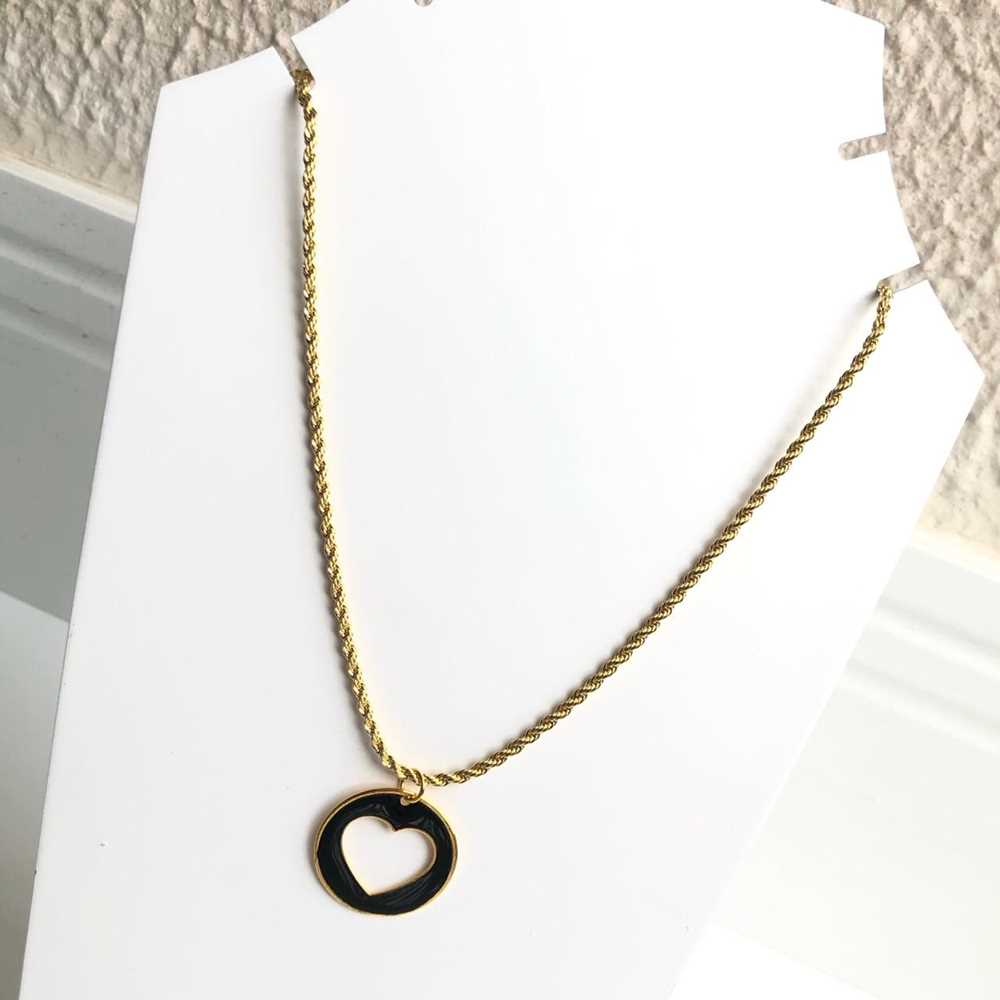 Colar folheado a ouro feminino cordão baiano coração vazado esmaltado preto